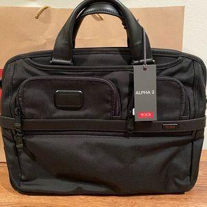TUMI - Alpha 2 - Travel/Work Bag